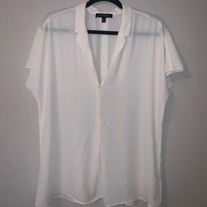 Banana Republic white cap sleeve blouse Large